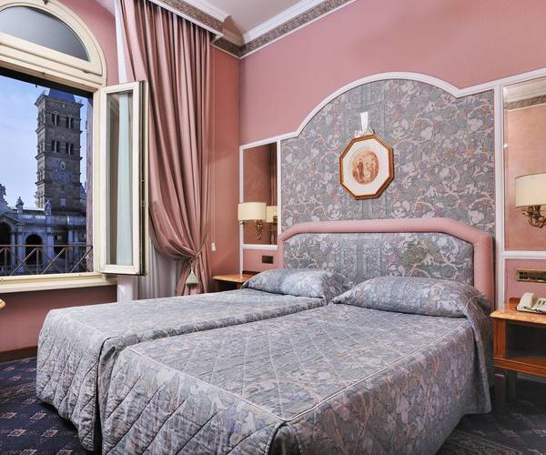 Free upgrade mecenate palace hotel rome