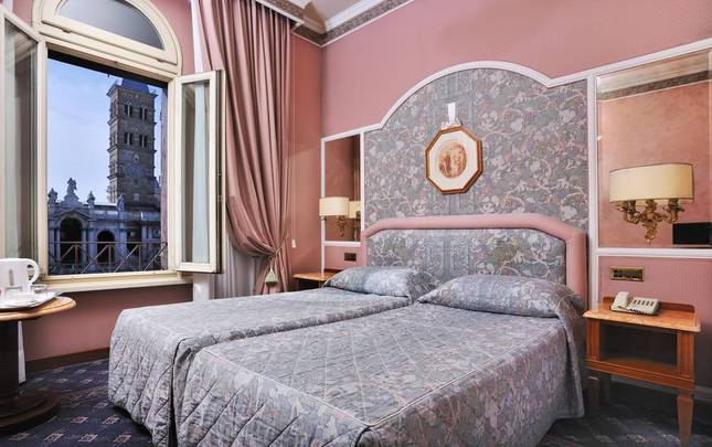 DELUXE DOUBLE ROOM WITH VIEW Mecenate Palace Hotel Rome