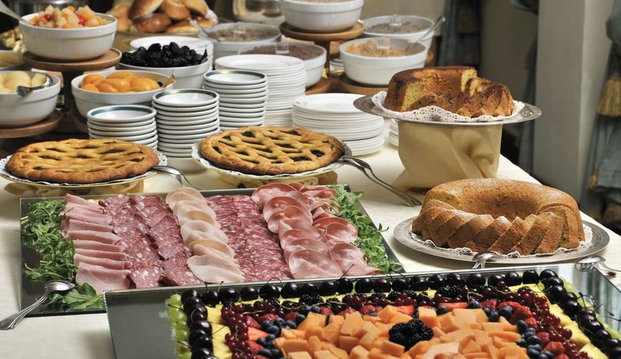 Breakfast buffet Mecenate Palace Hotel Rome